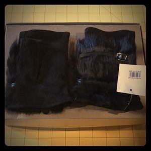 NWT NORDSTROM fur&suede hand covers